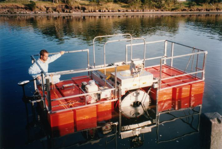 Portable floating reagent mixing and dosing equipment for water treatment.